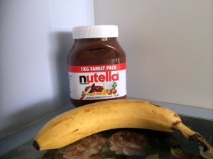 nutella and banana snack